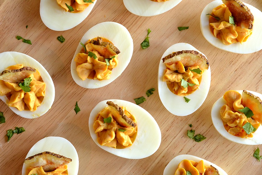 KITCHEN TESTED – Sriracha Deviled Eggs with Microwave ...