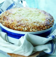 Passover Made Easy- matzaroni and cheese feature photo