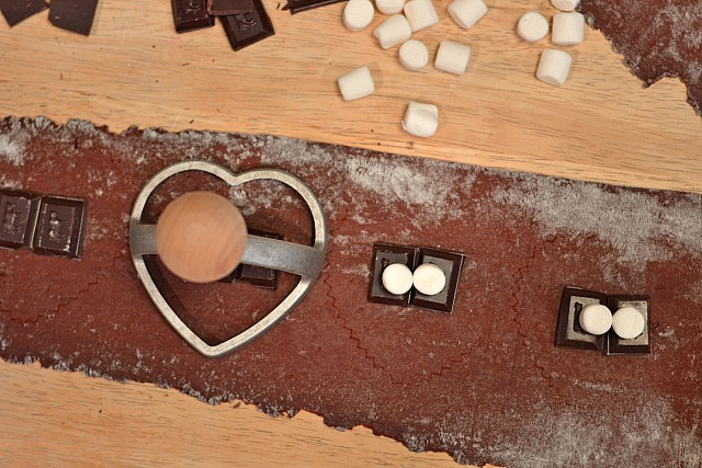 ... chocolate ravioli heart shaped chocolate ravioli chocolate ravioli