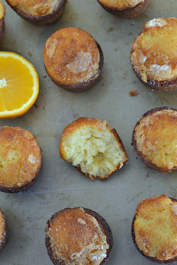 Mantecada Cakes